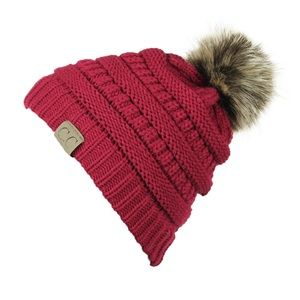Accessories - Red knitted hat